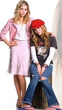 Mary-Kate & Ashley Olsen wallpaper possibly with a hip boot, a well dressed person, and an outerwear called 2004 - New York Minute
