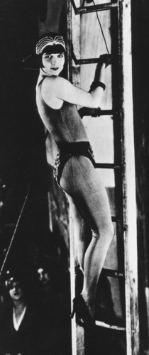 Louise Brooks 바탕화면 possibly containing a 거리 titled A Girl In Every Port