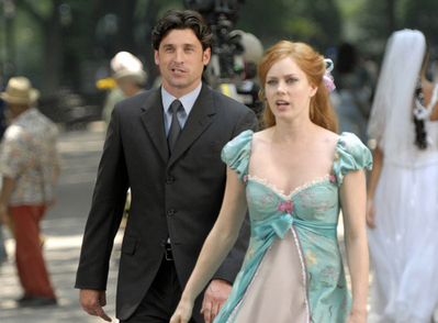 Riselle(Robert/Giselle) encantada wallpaper probably containing a bridesmaid, a business suit, and a vestido called Amy Adams&McDreamy