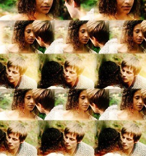 Arthur and Gwen 3*07