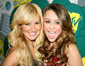 Ashley and Miley - ashley-tisdale-and-miley-cyrus photo