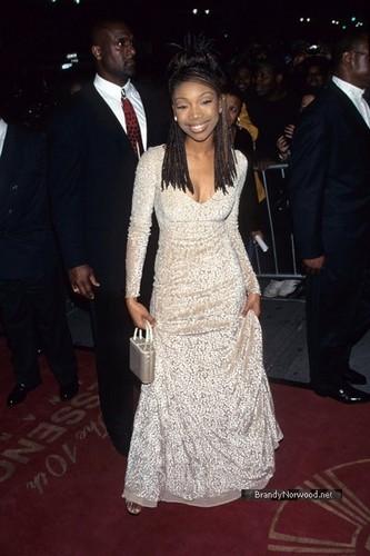 Brandy @ 10th Annual Essence Awards