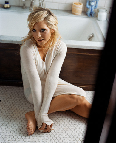 Brittany Snow- Allure 2006