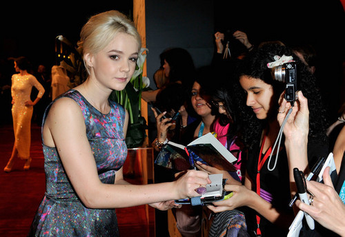 Carey at Dubai International Film Festival 2010. - carey-mulligan Photo