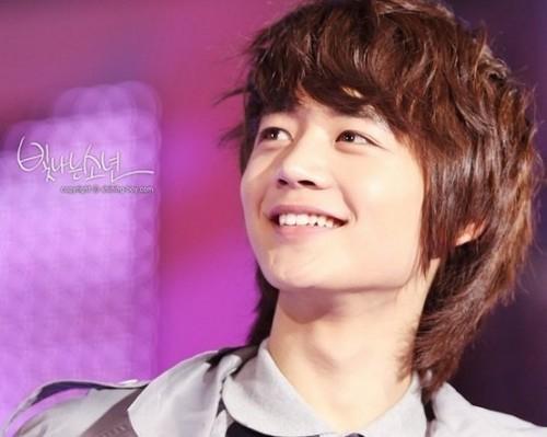 Choi MinHo ^_^ <<33