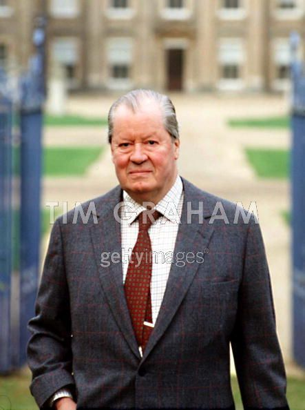 Earl Spencer, Father Of Diana
