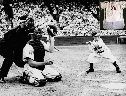 Eddie Gaedel--shortest mlb player ever