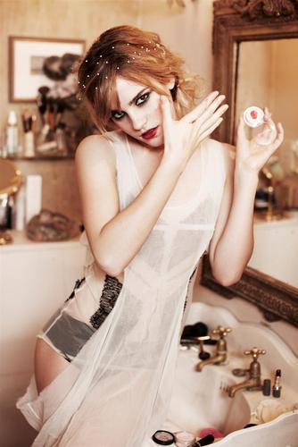 Emma | Photoshoot by Ellen von Unwerth.