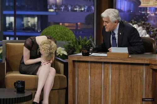 """Emma Stone on """"Late Night onyesha with jay Leno"""" Stills"""