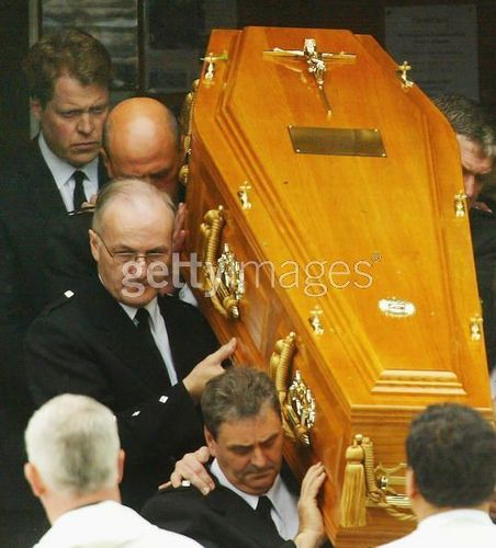 Princess Diana achtergrond called Funeral of Frances Shand Kydd