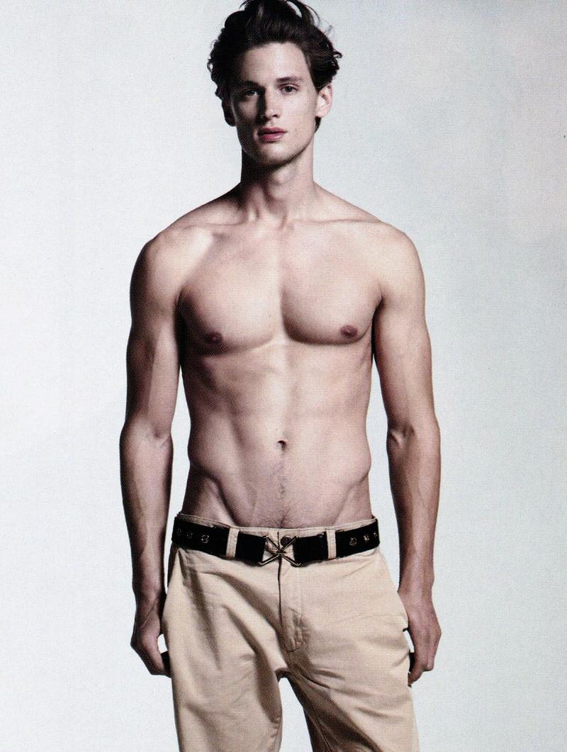 Officiel Hommes #18 - Male Models Photo (18175701) - Fanpop