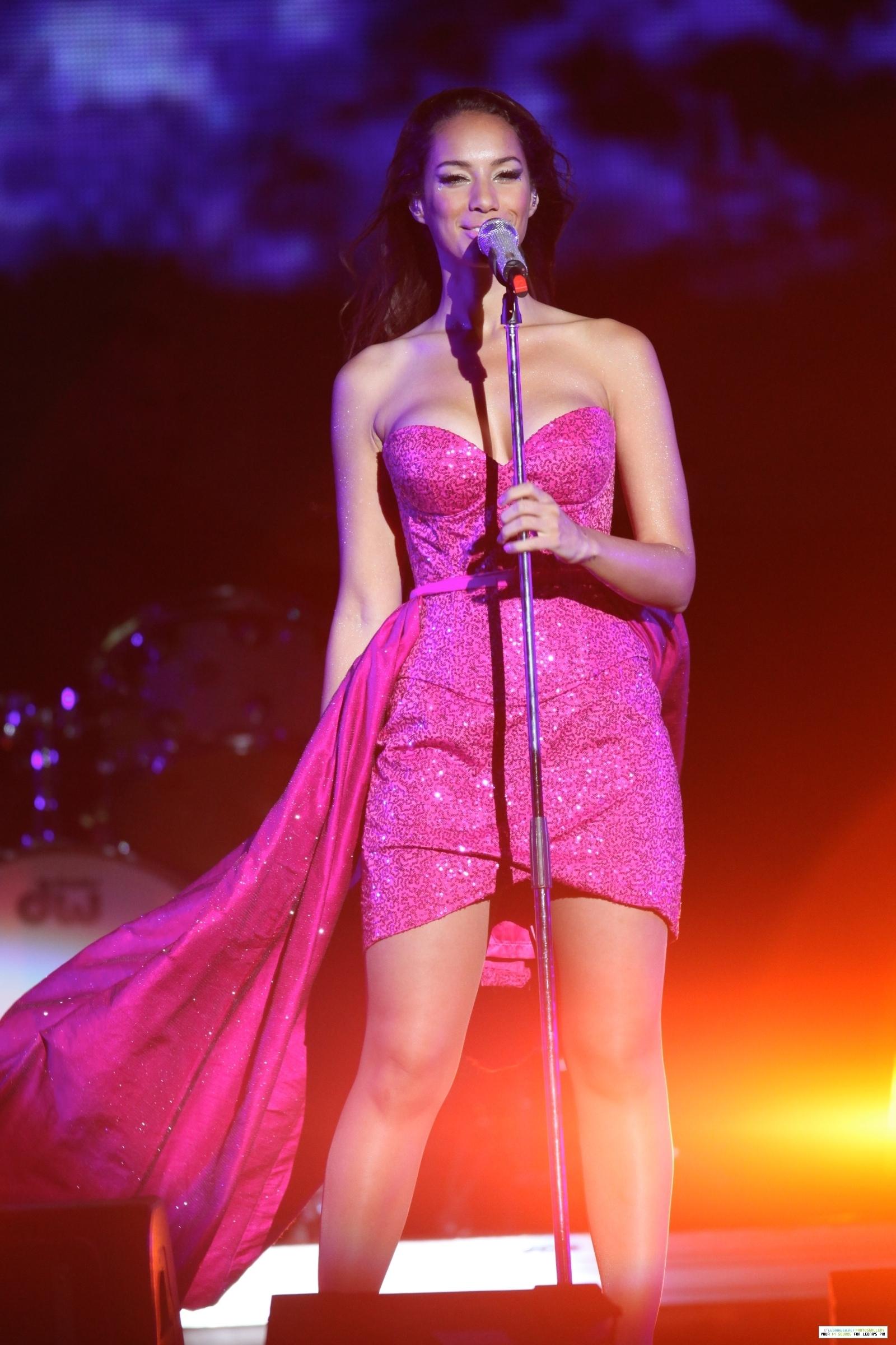 Leona @ OrangeDrive New Years Eve 音乐会 2011