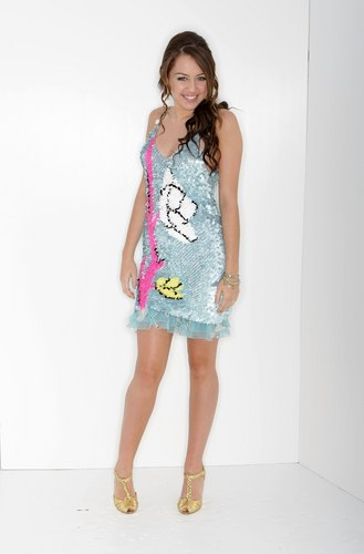 miley cyrus wallpaper possibly with a chemise titled Miley Cyrus