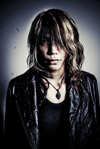 New 2011 Look - Shinya