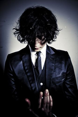 New 2011 Look - Toshiya