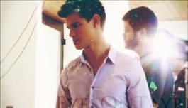 New imej of Taylor Lautner from Making of bintang Ambassador