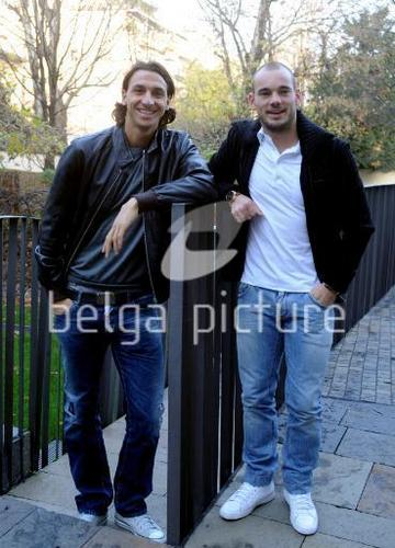 Wes-and-Ibra-wesley-sneijder-18156017-36