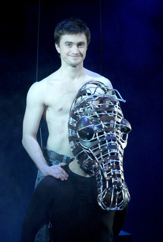Full-Frontal Nude Pics of Daniel Radcliffe in Equus