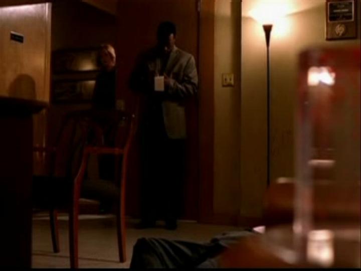 1x05- Friends & Liebhaber
