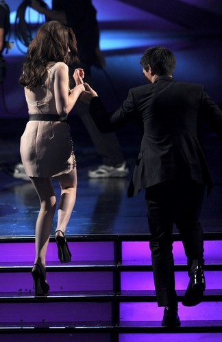 2011 People's Choice Awards [HQ]