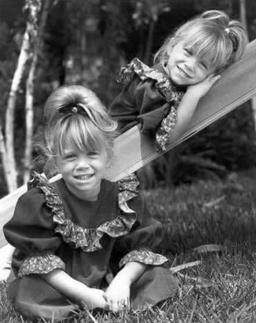 Ashley Fuller and Mary-Kate Olsen