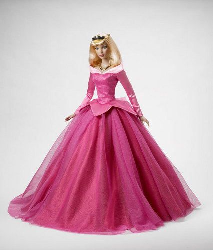 Princess Aurora fondo de pantalla probably with a gown, a polonaise, and a kirtle, saya titled Aurora Doll