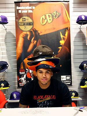 Chris Brown lookin cute