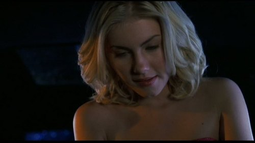 Elisha Cuthbert wallpaper containing a portrait called Elisha in The Girl Next Door