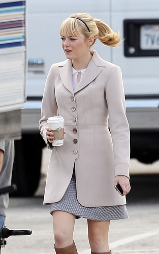 "Emma Stone wolpeyper with a business suit and a well dressed person titled Emma on ""Spider-Man 4"" Set"