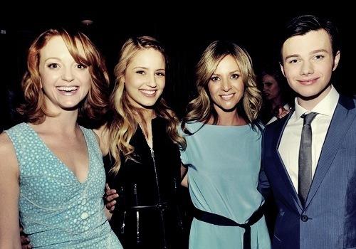 Glee .
