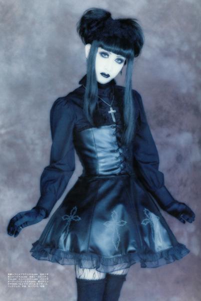 Gothic Lolita Style - Mana