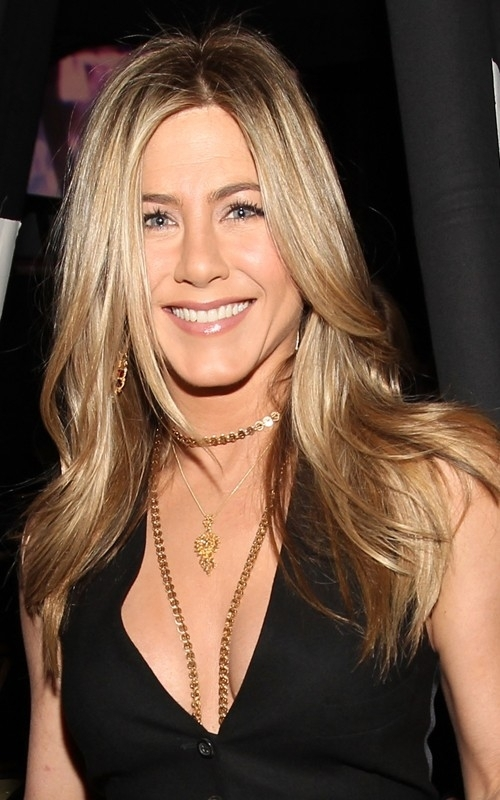 Jennifer @ 2011 People's Choice Awards - Jennifer Aniston 500x800