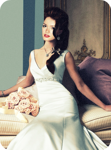 Leighton Meester Images Leighton Blair Wedding Dress Wallpaper And Background Photos 18289493