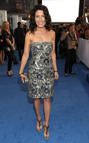 Lisa Edelstein Arriving @ the 2011 People's Choice Awards