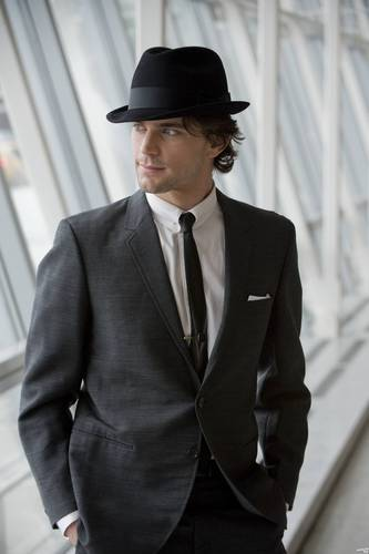 White Collar wallpaper containing a business suit, a suit, and a three piece suit titled Neal Caffrey