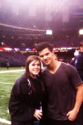 New Pic of Taylor Lautner at Saints Game on January 2nd