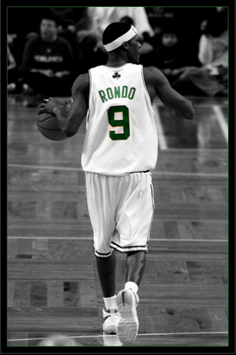 Rajon Rondo Hintergrund probably containing a gatter, wicket and a fielder called Rajon Rondo