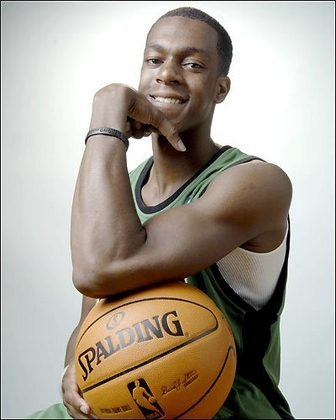 Rajon Rondo wallpaper with a basketball, a dribbler, and a basketball player entitled Rondo
