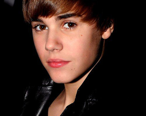 [VIDEO] Justin Bieber's Face Paralyzed After Concussion ... |Justin Bieber 2012 Cute Face