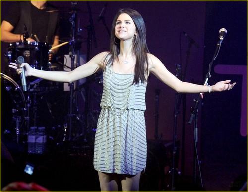Selena Sweety