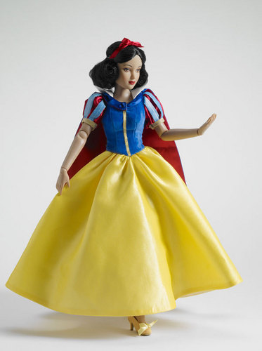 Snow White boneka