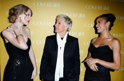 Taylor @ CoverGirl 50th Anniversary Party