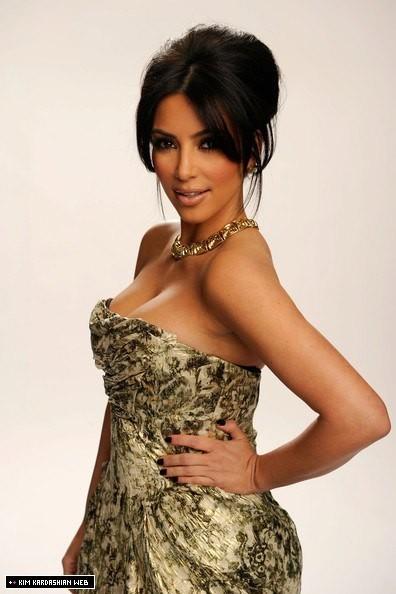 kim kardashian 2011 pics. kim kardashian 2011 calendar