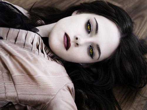 Vampire-Isabelle Cullen