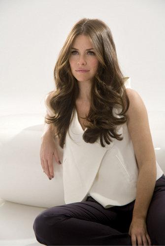 evangeline lilly- L'Oréal Sublime mousse, mousse de photoshoot