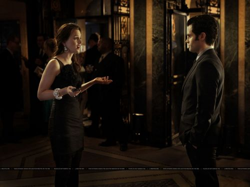 Dan and Blair wallpaper possibly with a street, a revolving door, and a penal institution called 4.13 Damien Darko - HQ