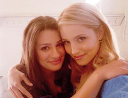 Dianna agron and lea michele lesbian