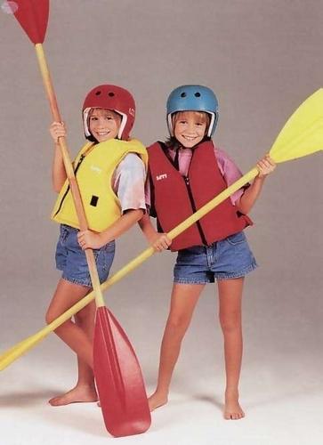 Ashley Fuller and Mary-Kate Olsen