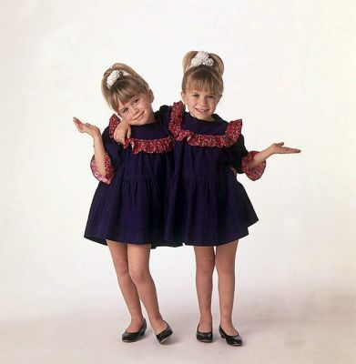 Mary-Kate & Ashley Olsen wallpaper possibly containing an outerwear, a blouse, and a playsuit called Blake Little