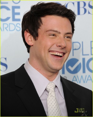 Cory Monteith wallpaper containing a business suit and a suit entitled CORY MONTEITH <3